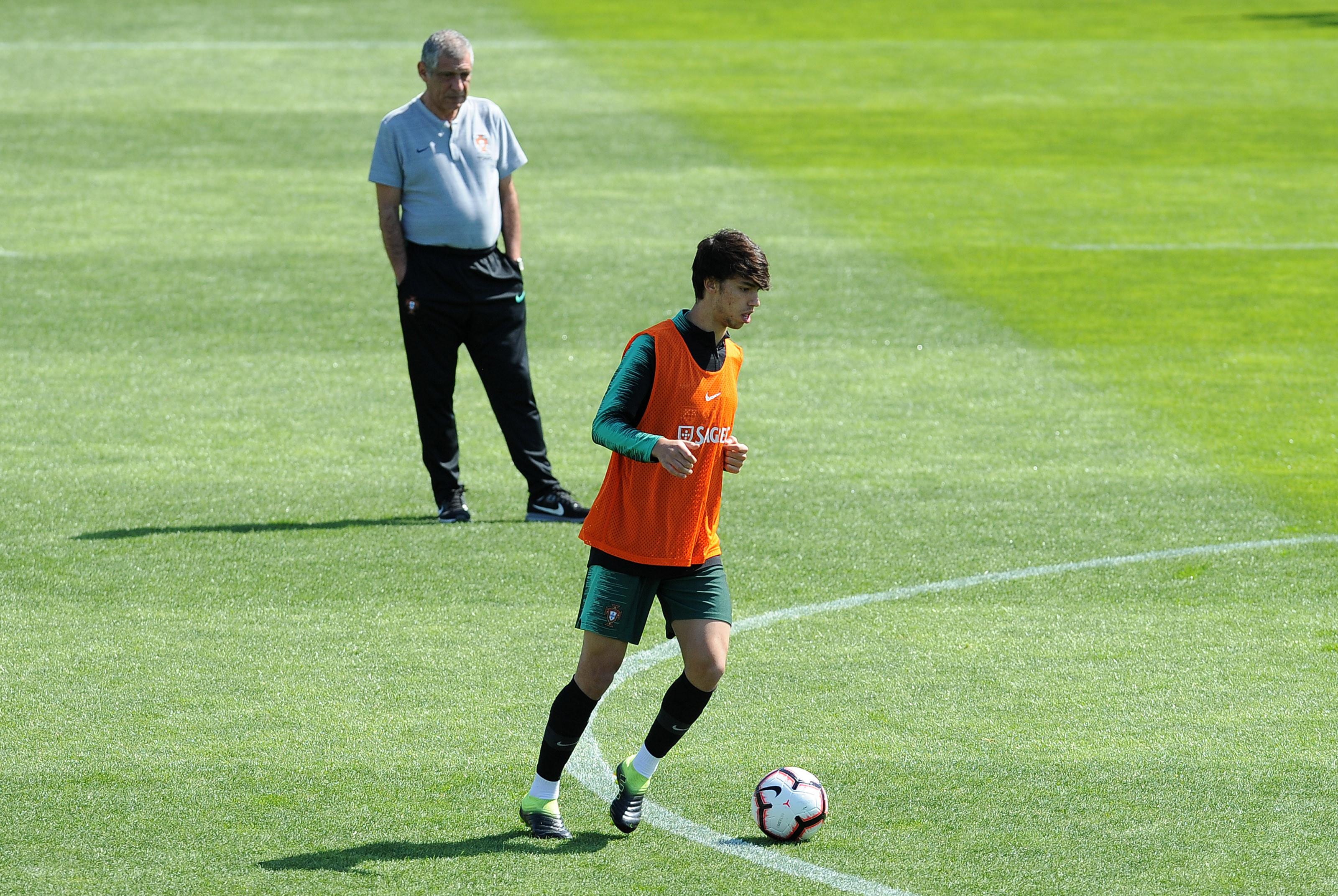 João Félix é baixa de última hora para o jogo com a Sérvia
