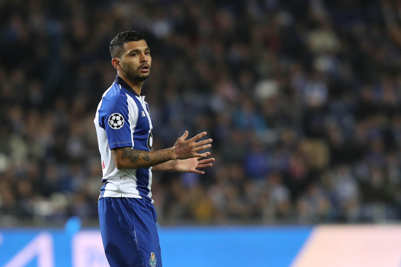 """Selecionador mexicano acusa FC Porto de """"simular a verdade"""""""