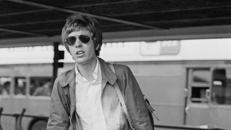 Morreu Scott Walker, músico britânico dos Walker Brothers