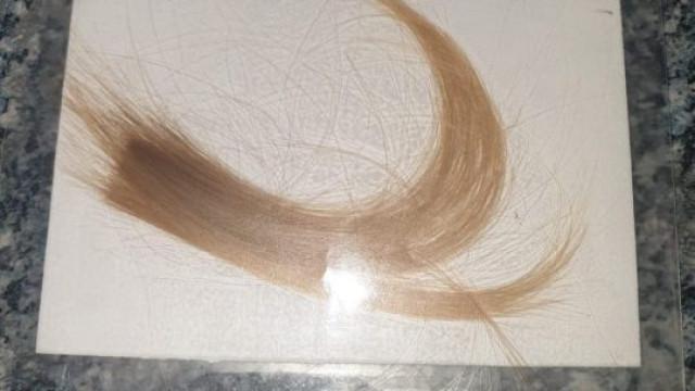 Mãe lança apelo para reaver madeixa de cabelo da filha que morreu