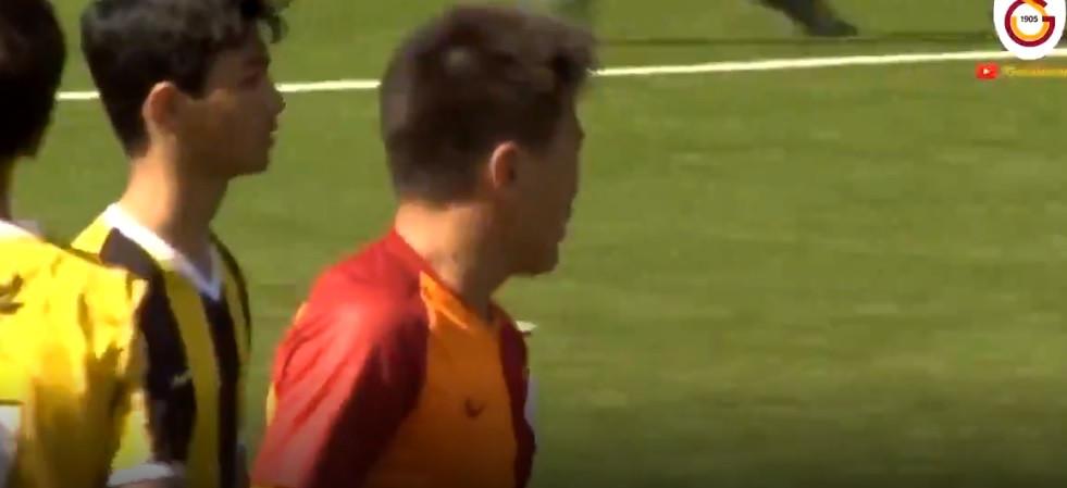 O belo gesto de fair play num jogo de sub-14 que comoveu a Turquia