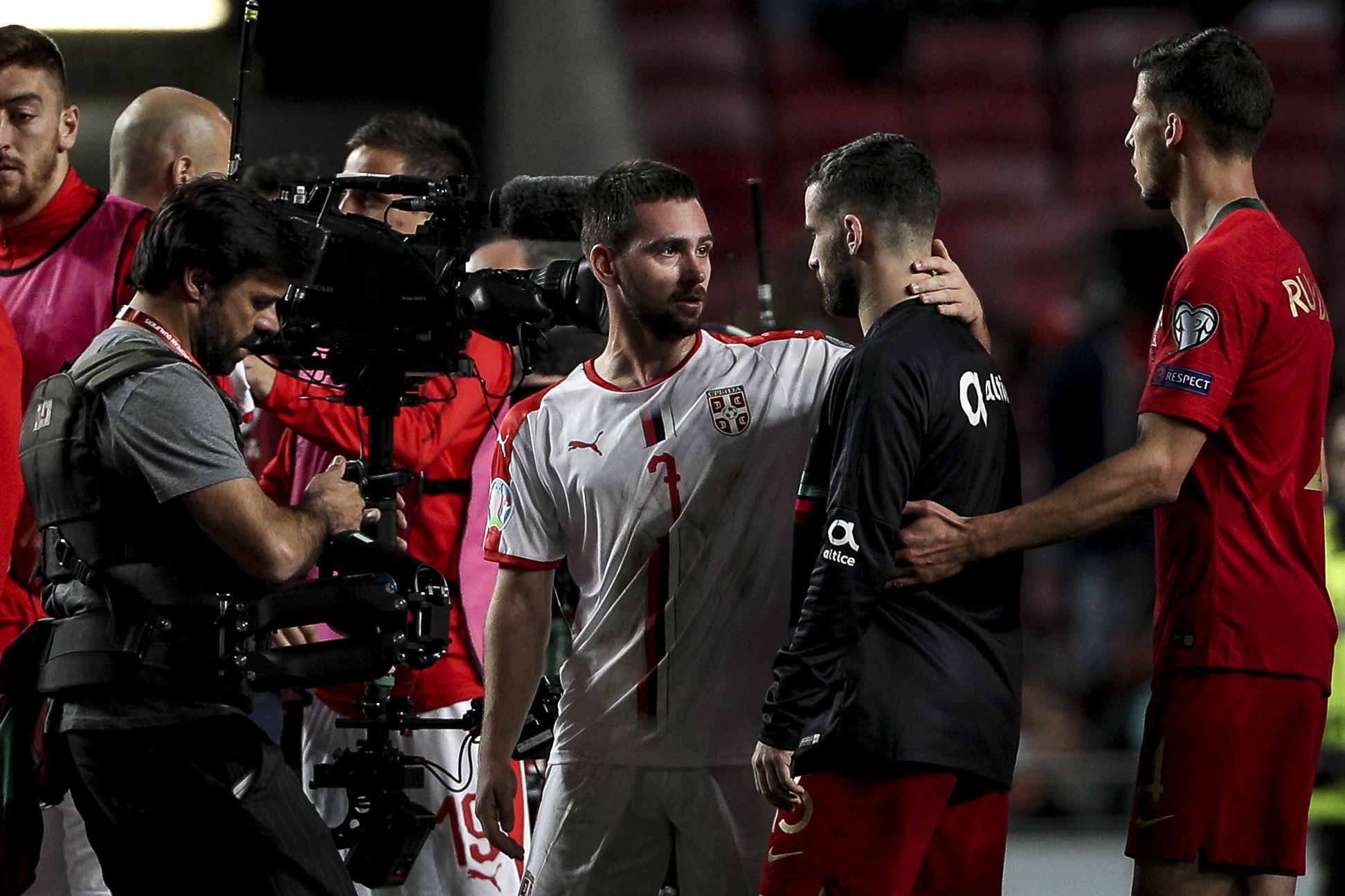 """Zivkovic reage ao penálti: """"Acho que foi cabeça e não mão"""""""