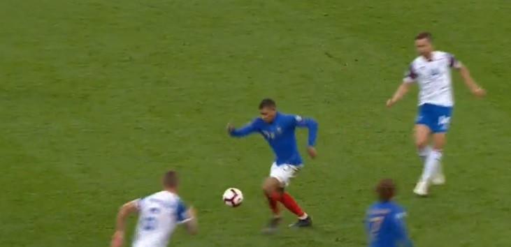 Griezmann selou assim o triunfo francês após assistência genial de Mbappé