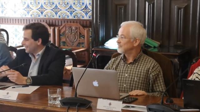 """Reunião da Câmara de Coimbra já se tornou viral. """"Uma palhaçada"""""""