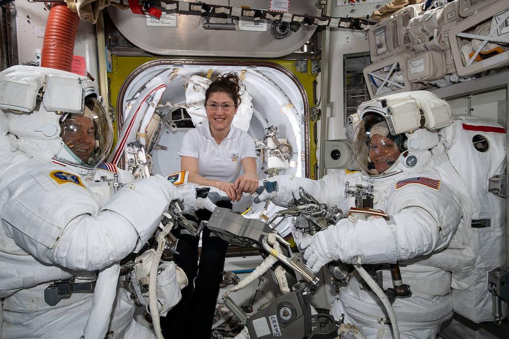 Cancelado primeiro passeio espacial 100% feminino. NASA explica
