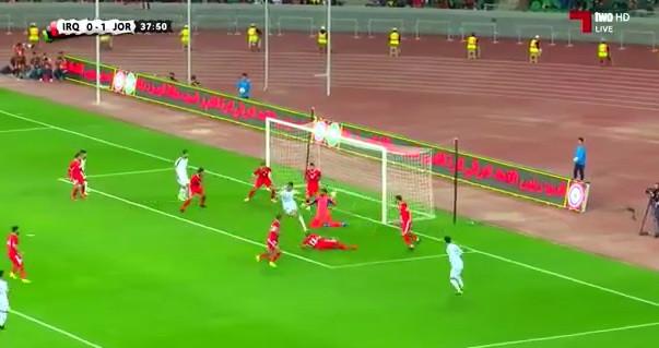 Jogador do Iraque marca golaço de calcanhar diante da Jordânia