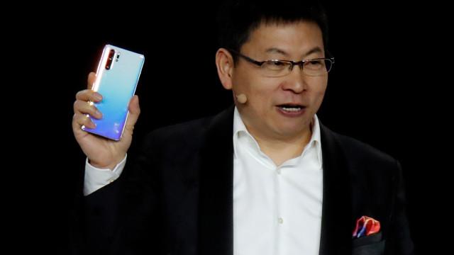 """Huawei quer ser """"número um"""" na Europa"""
