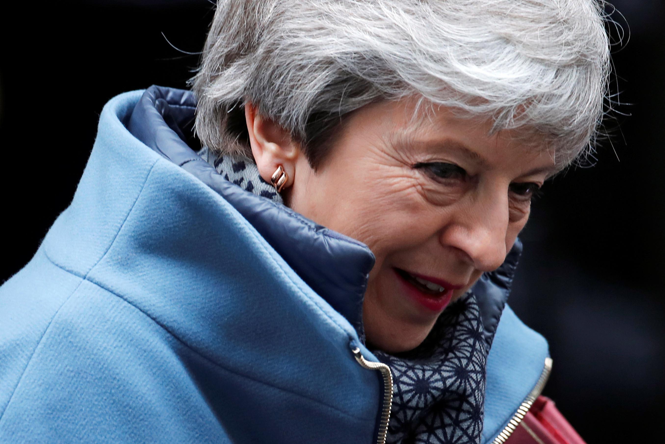 Theresa May vai demitir-se após aprovação do Acordo de Saída