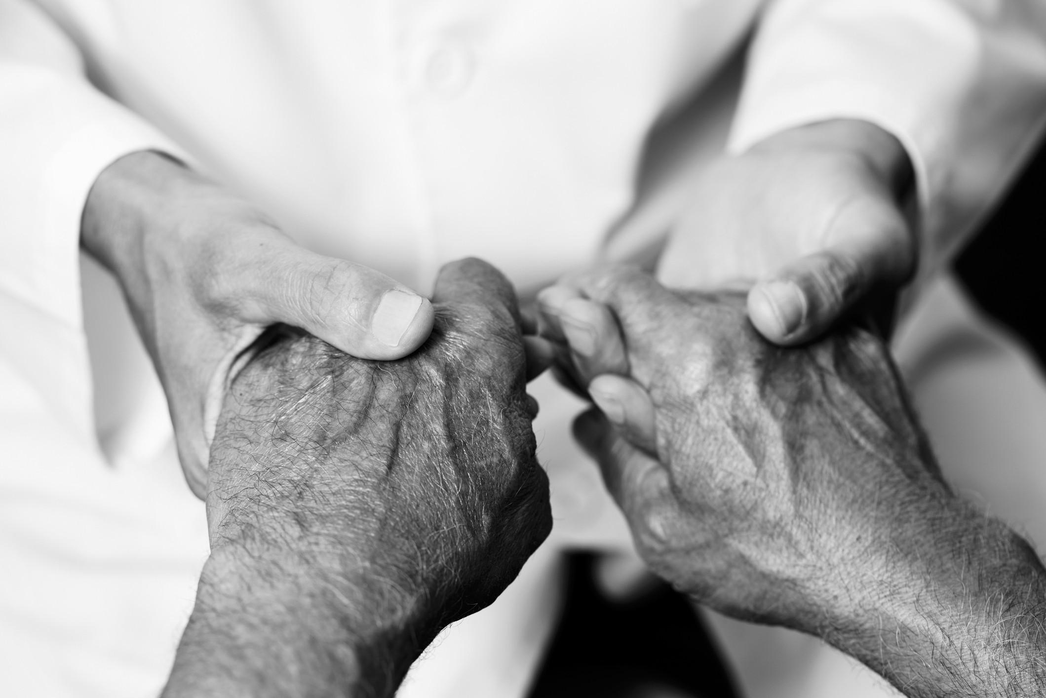 Com 71 anos, nunca soube o que era a dor, nem no parto. Já se sabe porquê