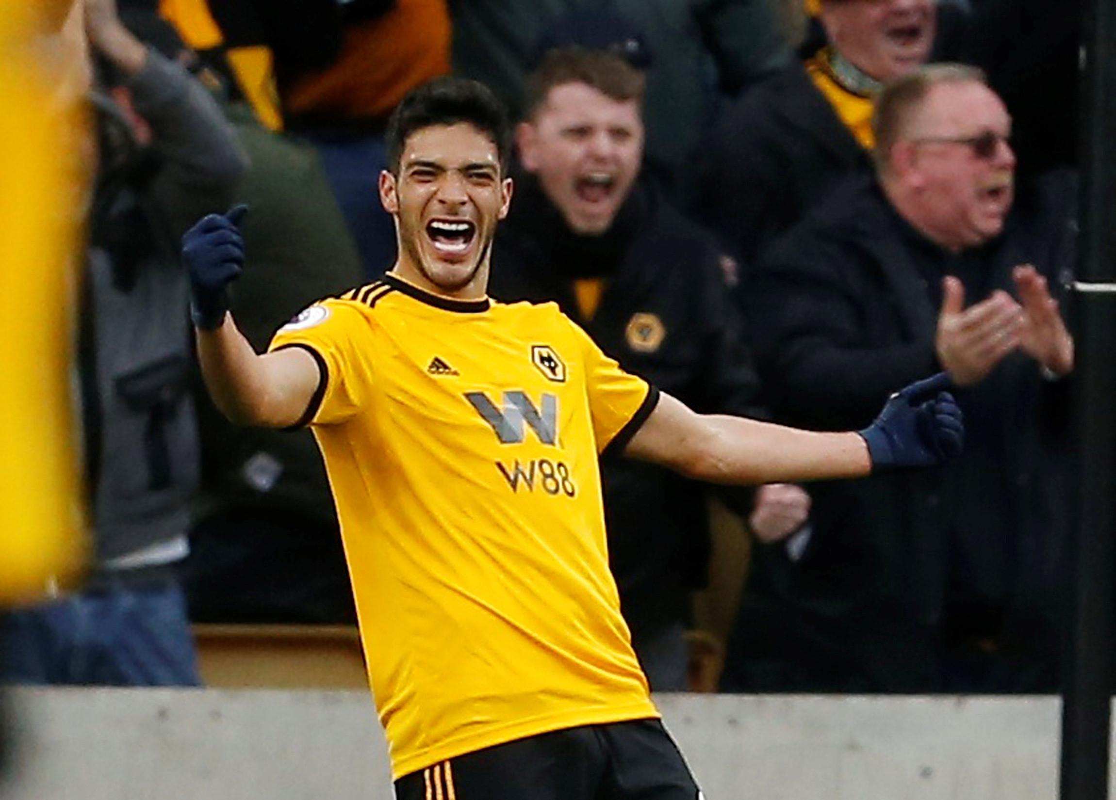 Oficial: Wolverhampton compra Raúl Jiménez ao Benfica
