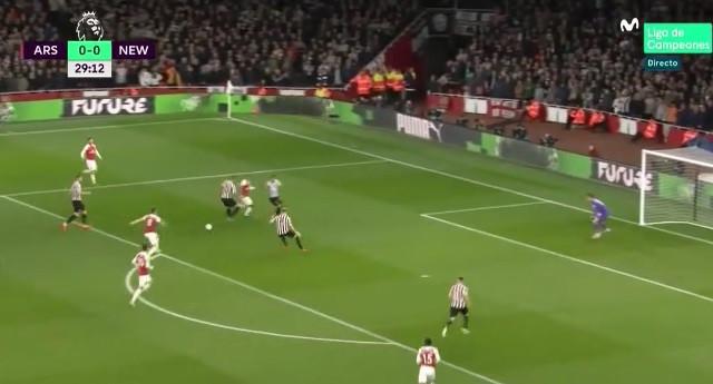 Remate colocadíssimo de Ramsey abre marcador do Arsenal-Newcastle