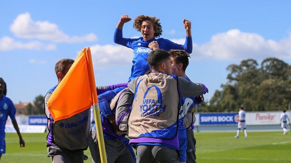 FC Porto vence Midtjylland e está nas meias-finais da UEFA Youth League
