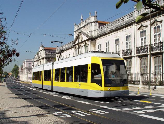 Lisboa vai ter elétricos desde a Cruz Quebrada até ao Parque das Nações