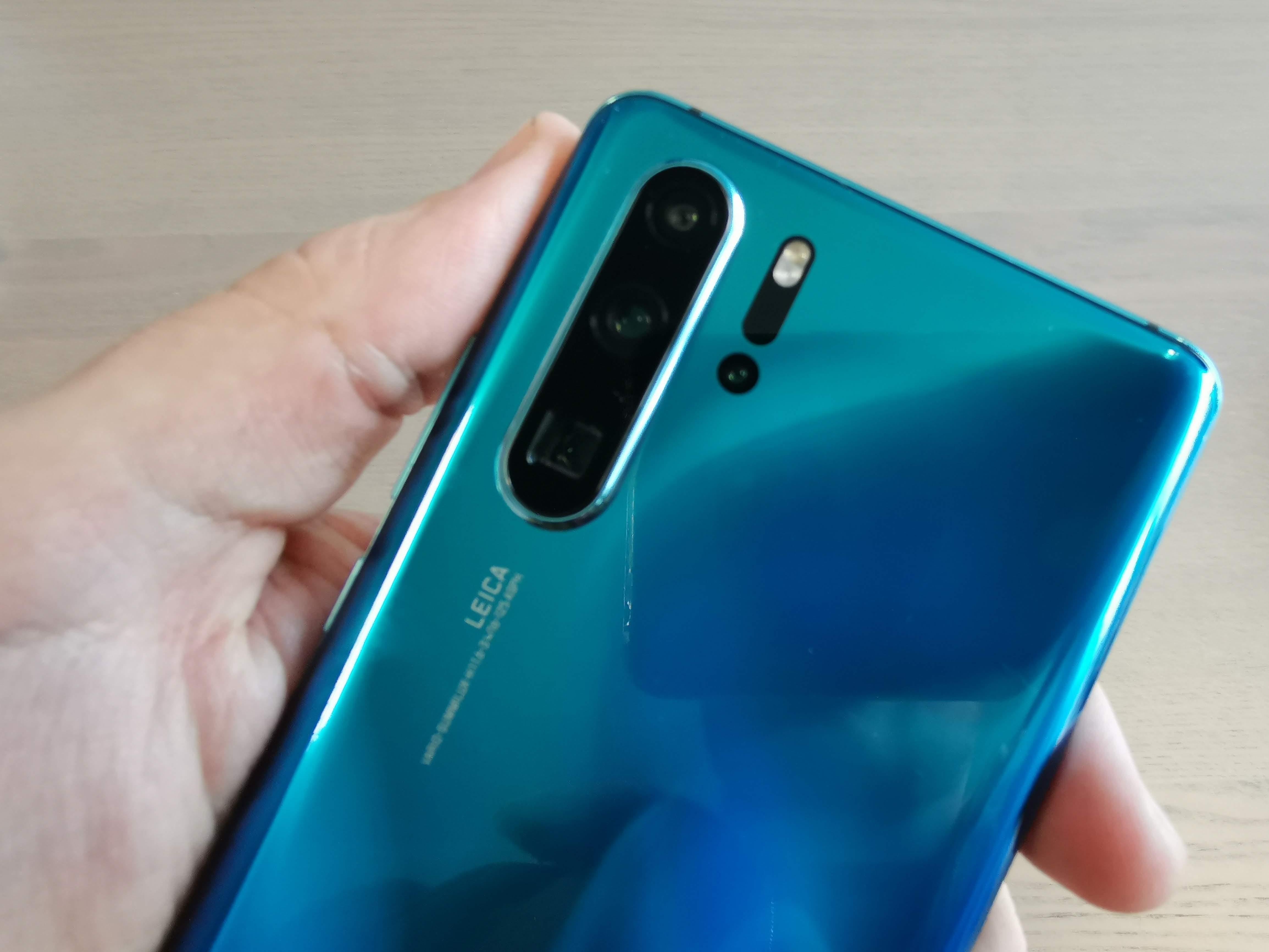 O Huawei P30 Pro chega esta semana. Veja como é tirá-lo da caixa