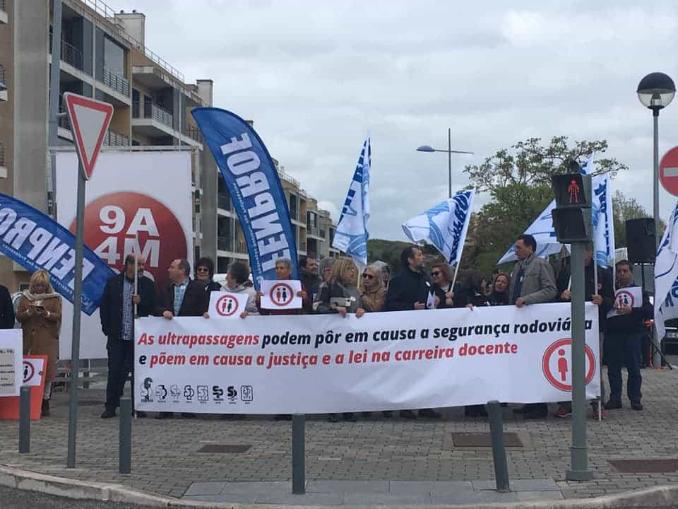"Fenprof fez espera a ministro. ""56 mil professores foram ultrapassados"""