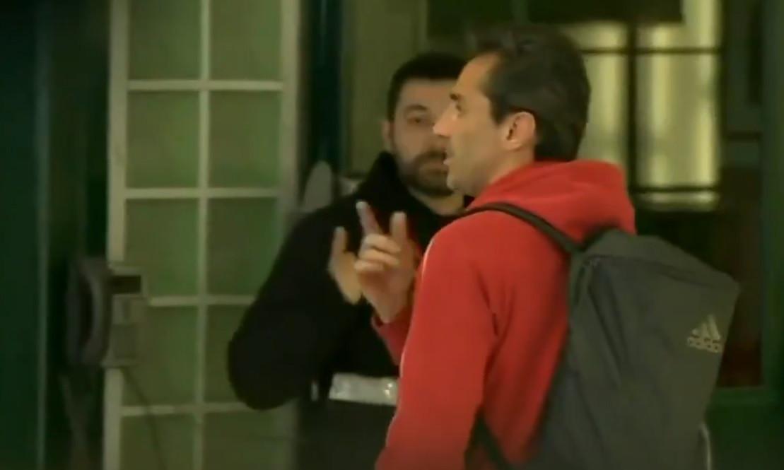 Troca de galhardetes entre Jonas e adeptos do Sporting na zona mista