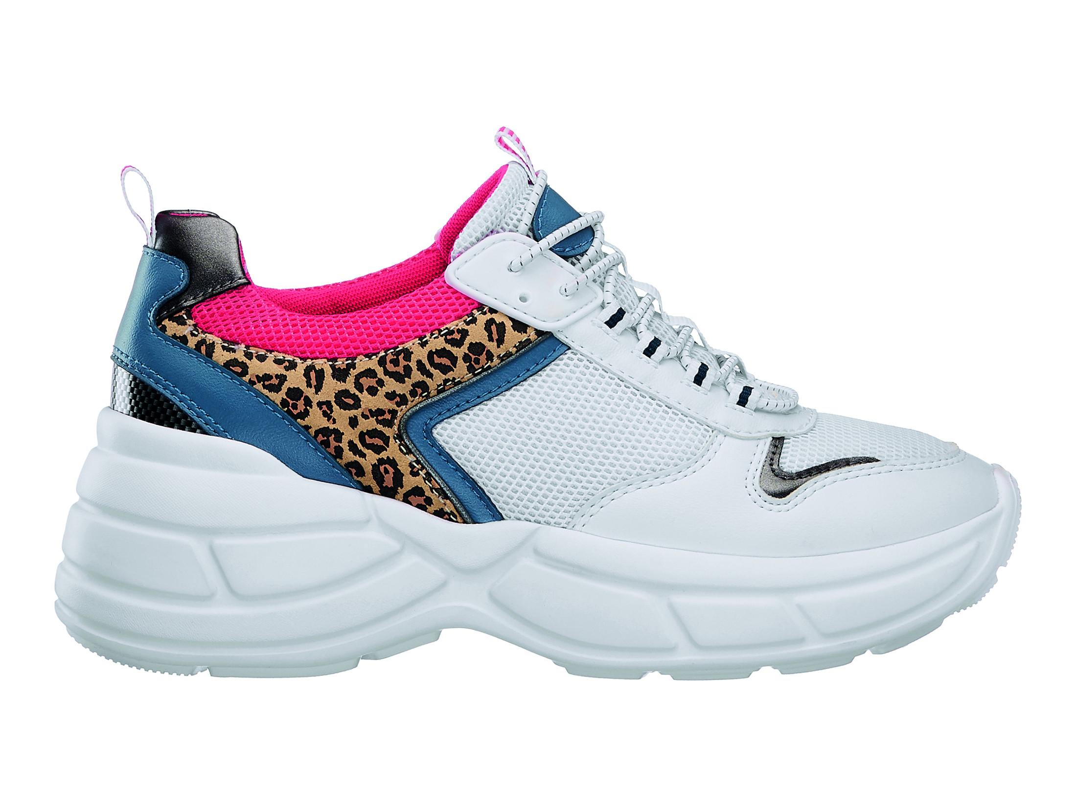 Olá anos 90! Os chunky sneakers das Spice Girls estão de volta