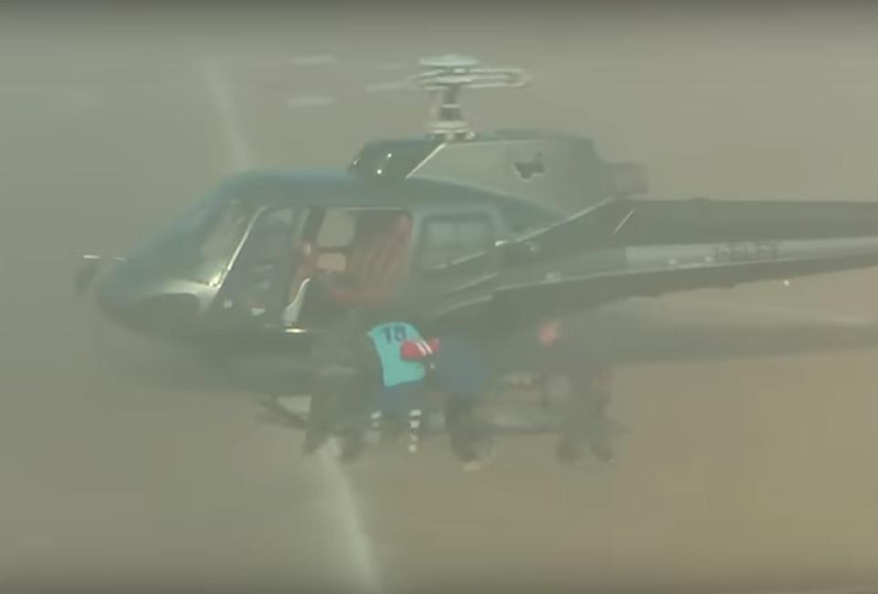 Insólito em Itália: Jogador finge rapto com um helicóptero em campo