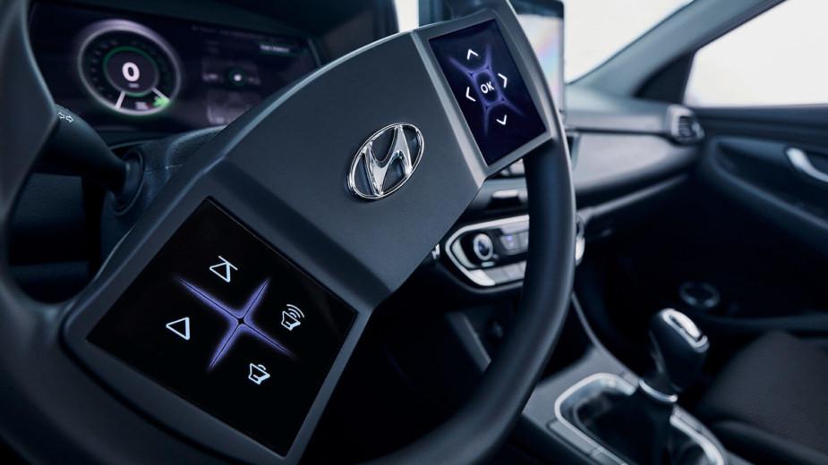 Hyundai apresenta… o volante do futuro