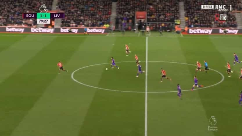 Salah correu, correu, correu e fez o golo pelo qual Klopp suspirava