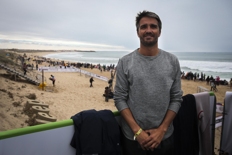 """""""O surf quebra a sazonalidade da oferta turística"""""""