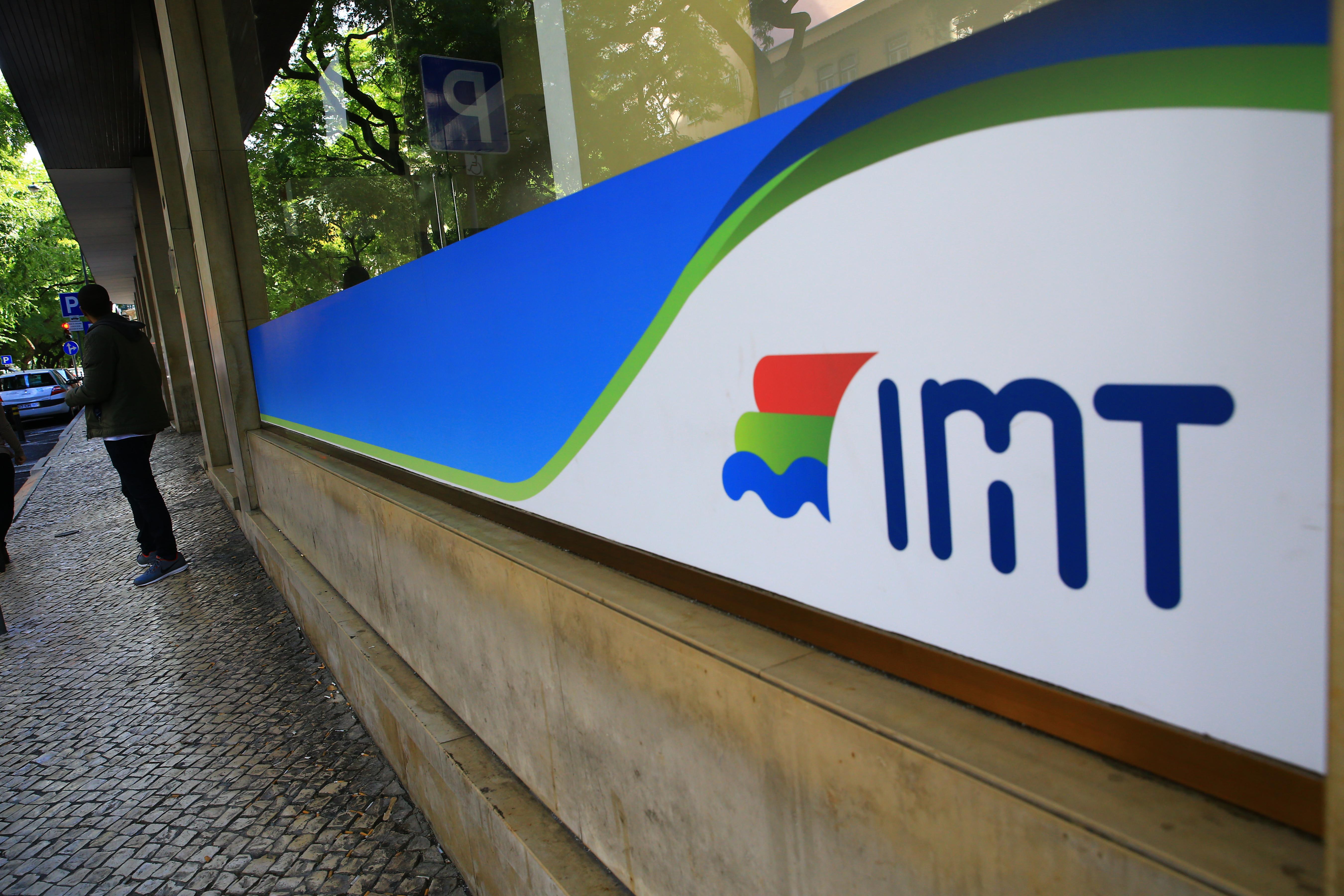IMT da Elias Garcia vai deixar de revalidar cartas de condução