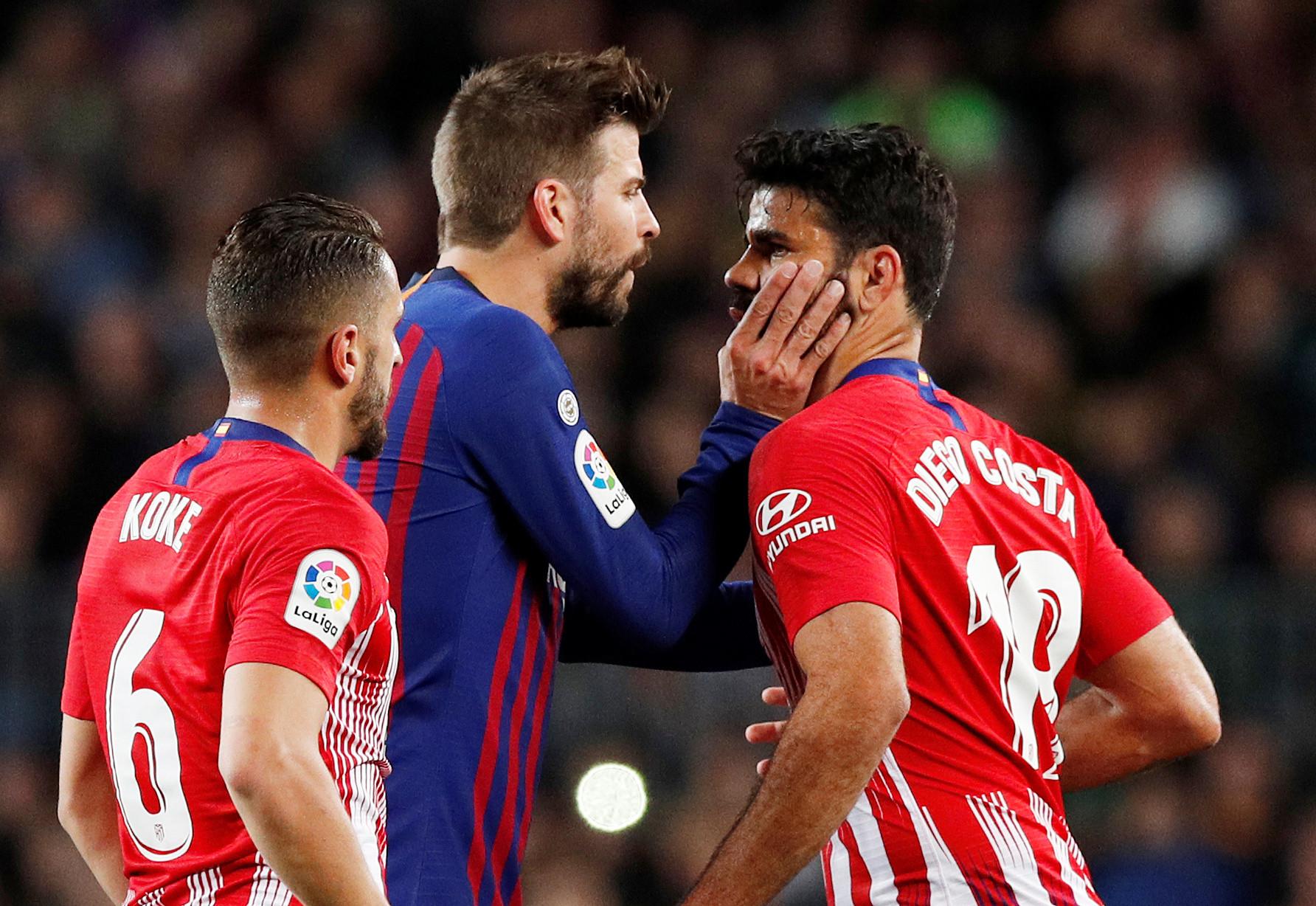 Espanhóis revelam palavras de Piqué a Diego Costa após a expulsão