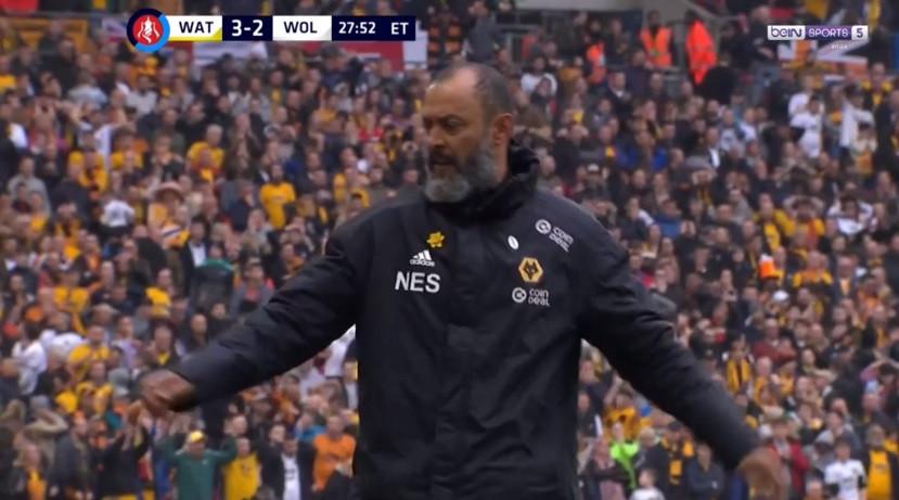 Wolves a desesperar por golo e erro de Cavaleiro tirou adeptos do sério