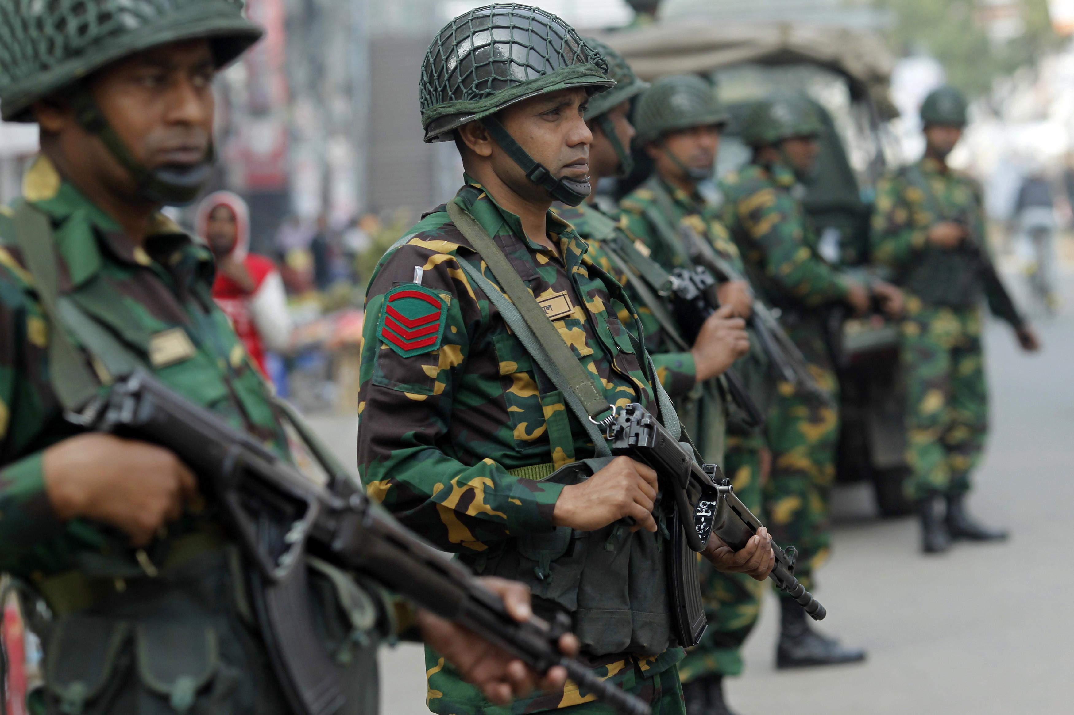 Bangladesh envia tropas para ilha cobiçada por Myanmar