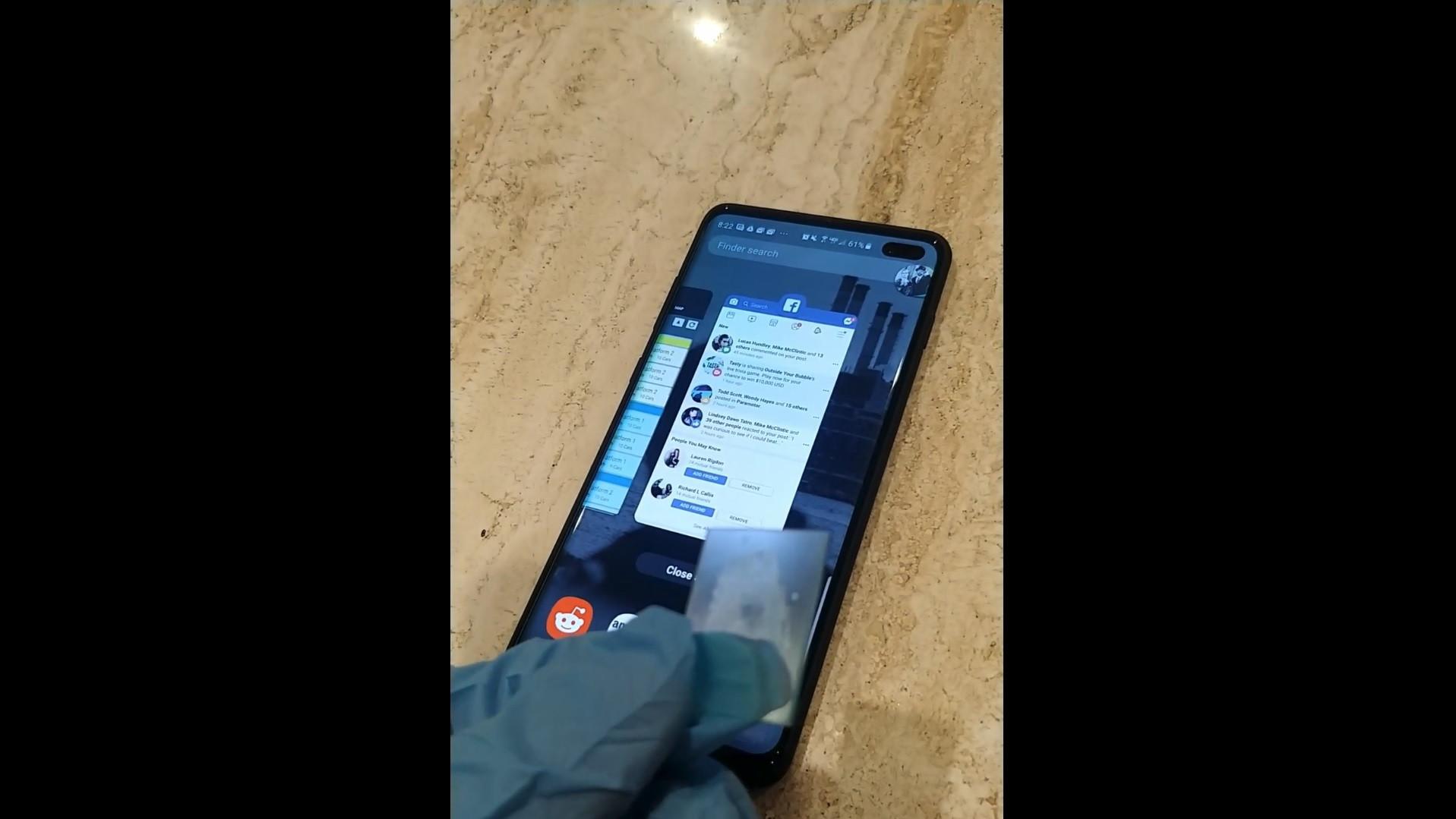 Galaxy S10. Vídeo mostra sensor de impressões digitais a ser enganado
