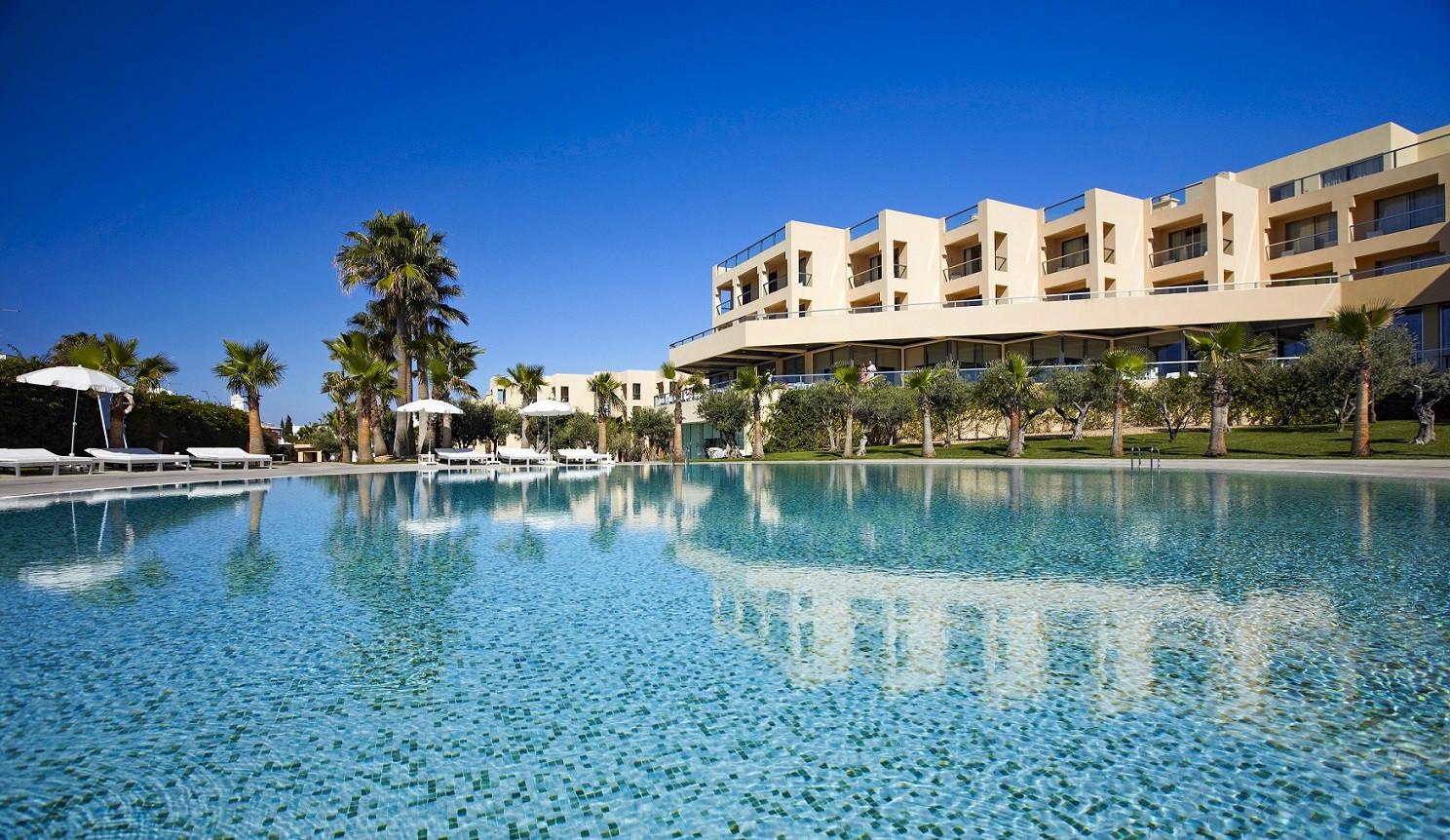 Páscoa e feriado de 25 de abril no Algarve nos hotéis NAU