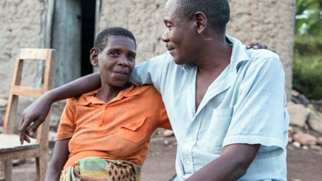 Monica perdoou o irmão que lhe matou o marido e os seis filhos