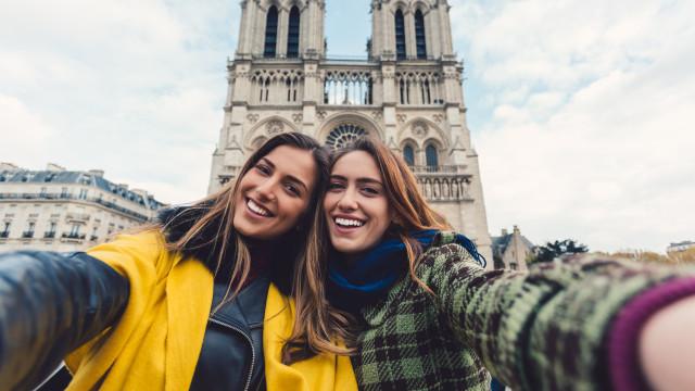 Portugueses escolhem destino de férias a pensar nas redes sociais