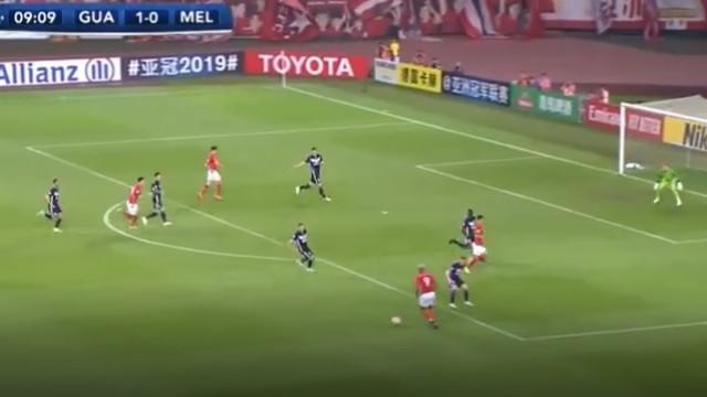 Talisca volta aos grandes golos pelo Guangzhou Evergrande