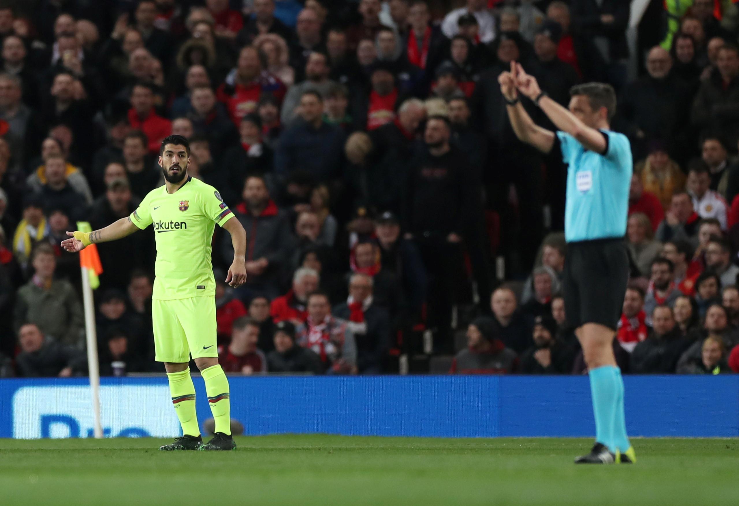 United cai em Old Trafford e sonha com Parque dos Príncipes espanhol