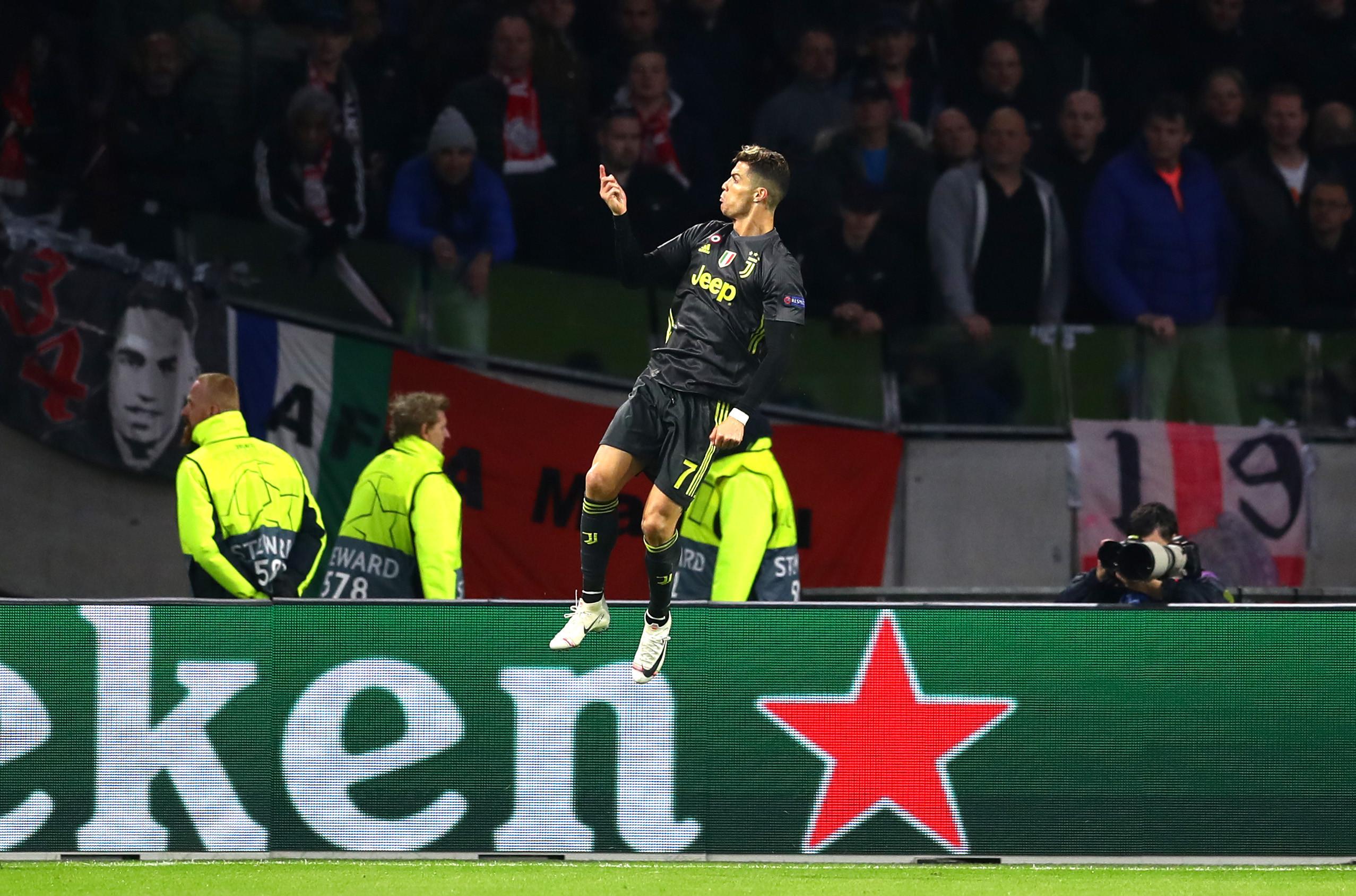 Mais do mesmo do 'Sr. Champions': Ronaldo voltou a fazer história