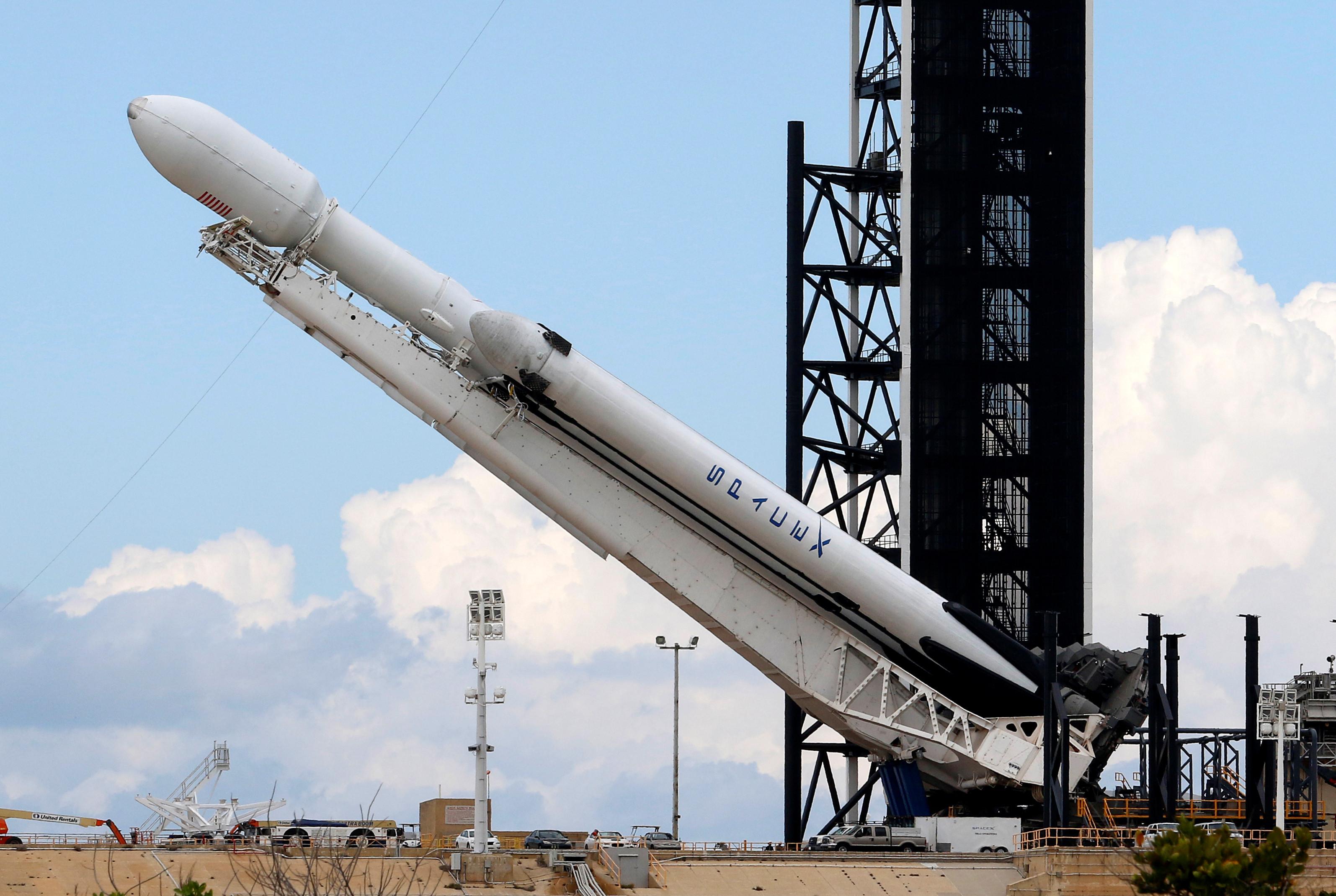 Ventos fortes levam a adiamento do lançamento da SpaceX