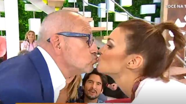 Manuel Luís Goucha e Maria Cerqueira Gomes beijam-se na boca