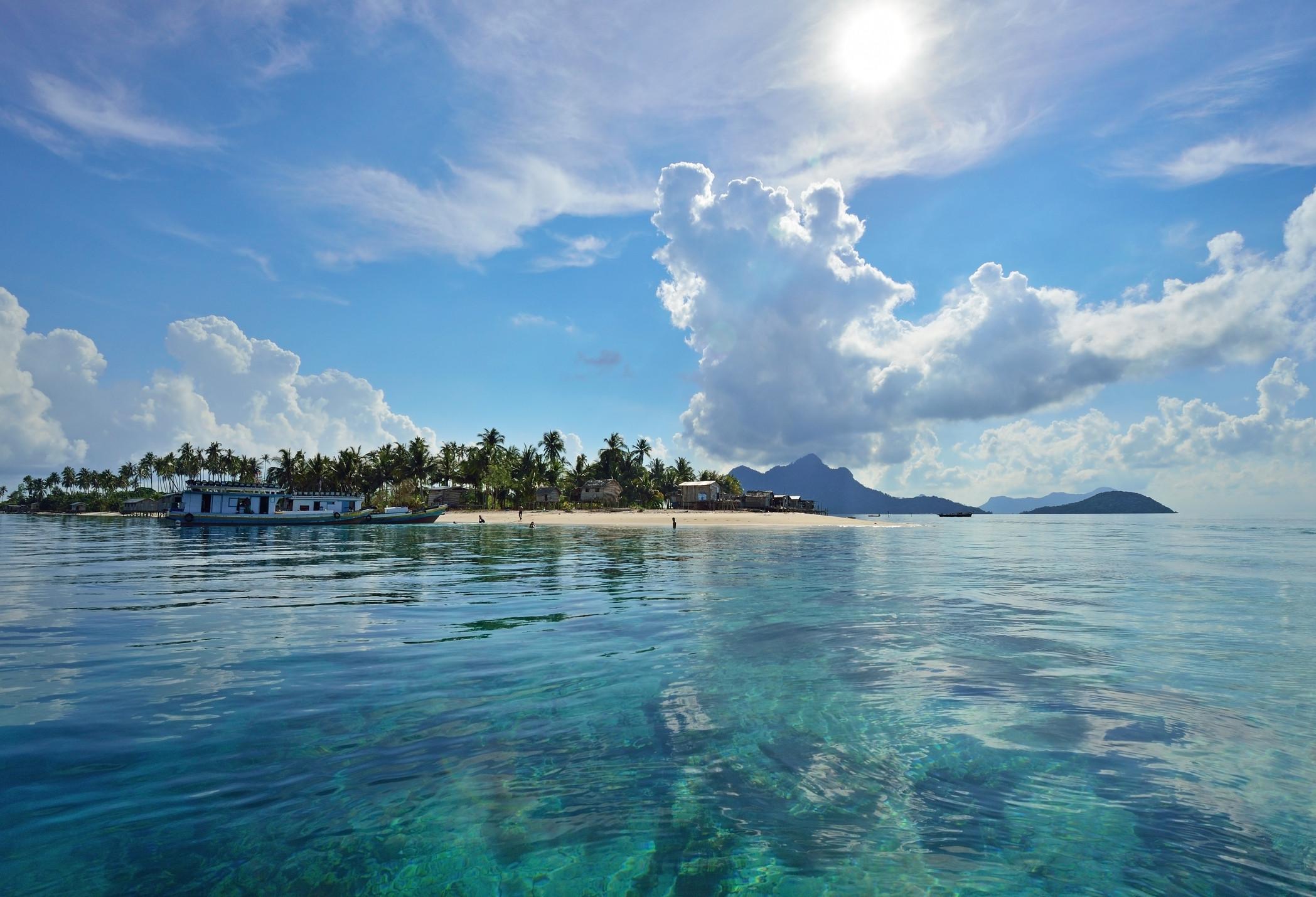 Autoridades levantam alerta de tsunami após terramoto na Indonésia