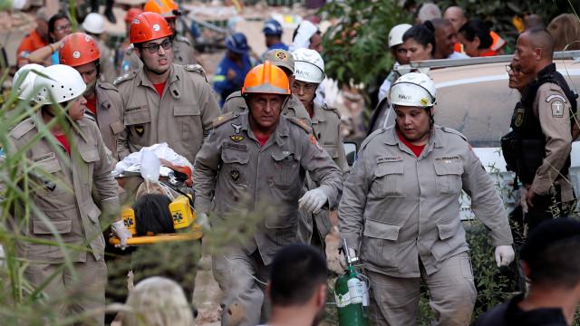 Brasil. Número de mortos após desabamento de prédios sobe para três