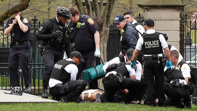Homem detido após tentar imolar-se na Casa Branca