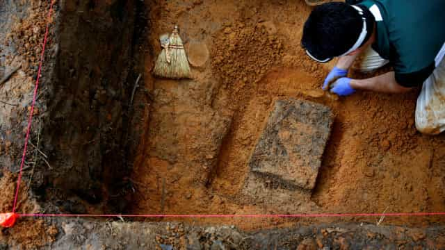 Encontradas mais 27 sepulturas no terreno de antigo reformatório nos EUA