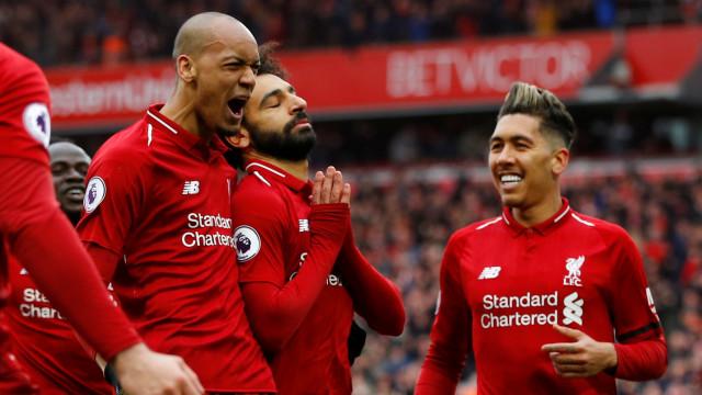 Liverpool vence Chelsea e recupera o 'trono' antes da visita ao Dragão