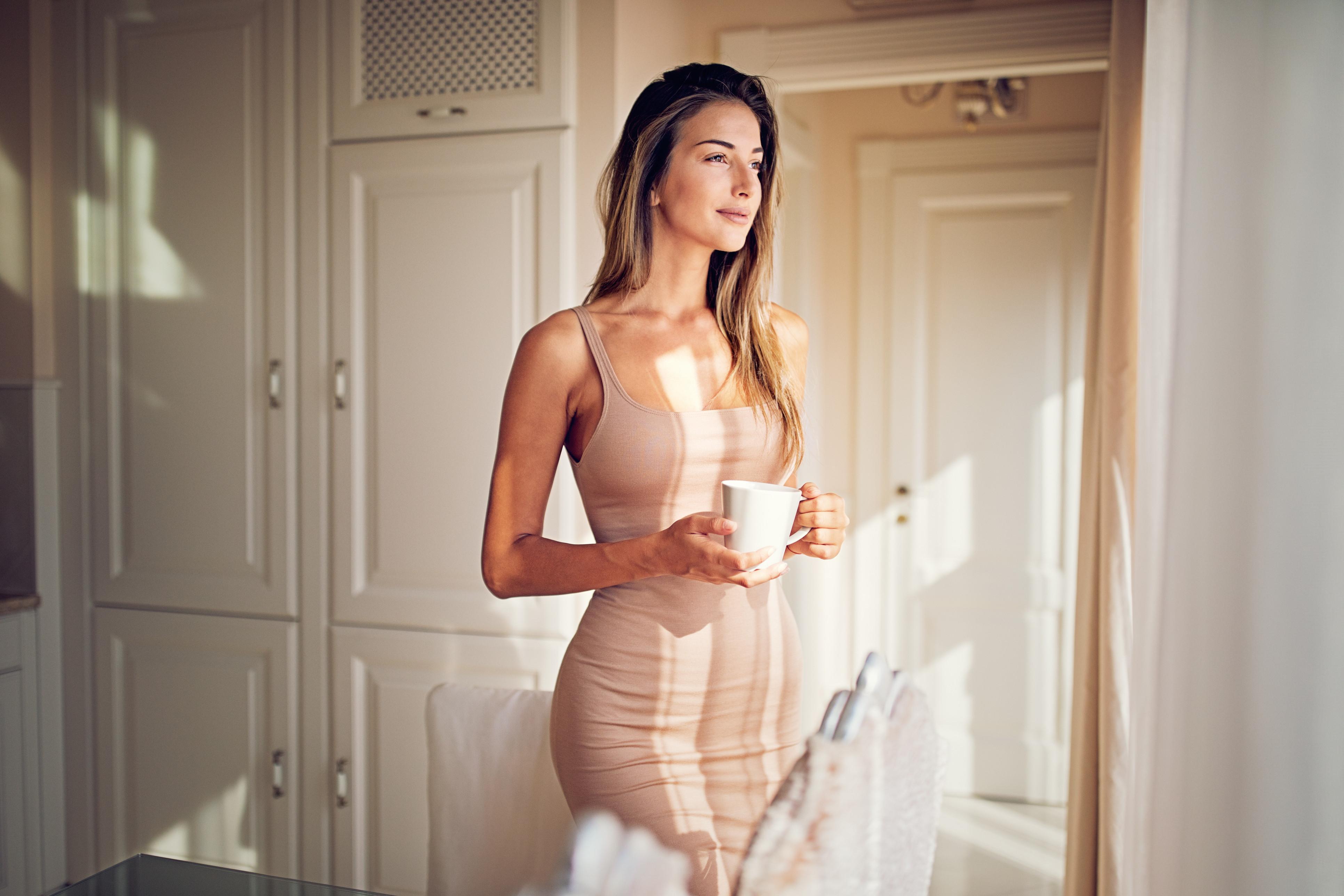 Dieta do chá de hibisco elimina até quatro quilos em 15 dias