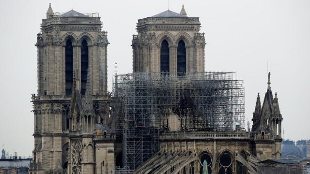 Torres Vedras quer criar fundo para apoiar reconstrução de Notre-Dame
