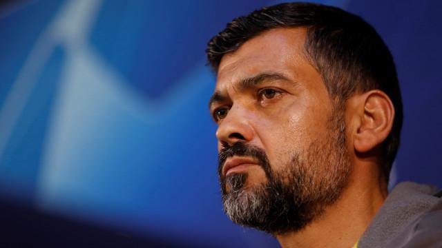 """Sérgio Conceição critica """"capricho"""" da Liga que favorece o Benfica"""