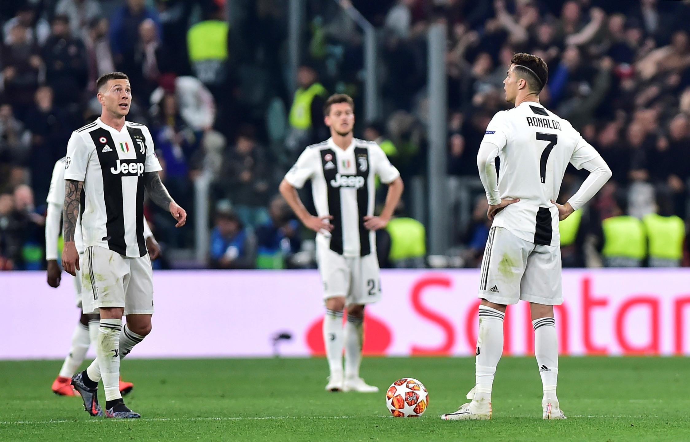 [1-2] Juventus em maus lençóis! Ajax na frente da eliminatória
