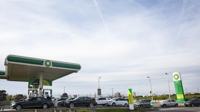 """Combustíveis: Bloco destaca """"preocupação"""" e aponta à legislação laboral"""