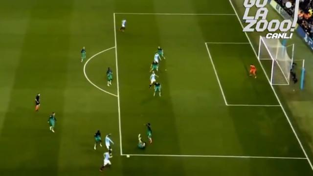 Lance genial de Bernardo Silva no terceiro golo do City ao Tottenham