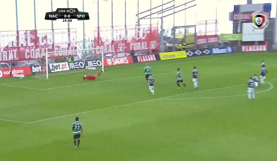 'Voo' de Daniel Guimarães evitou o golo de Diaby